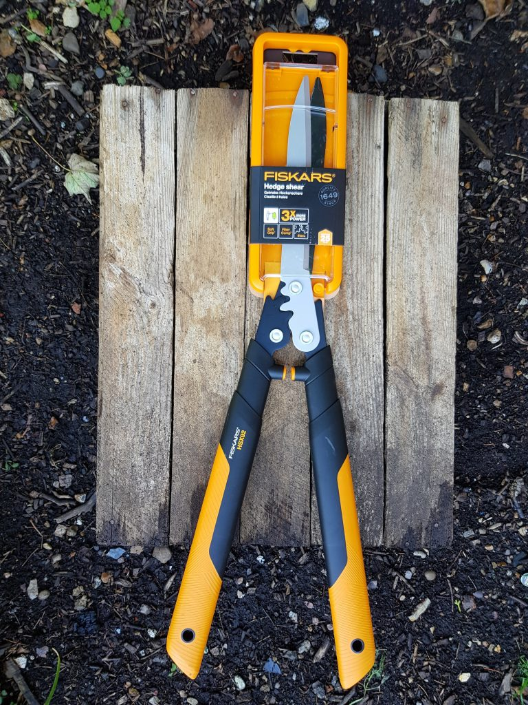 Fiskars PowerGear X HSX92 shears